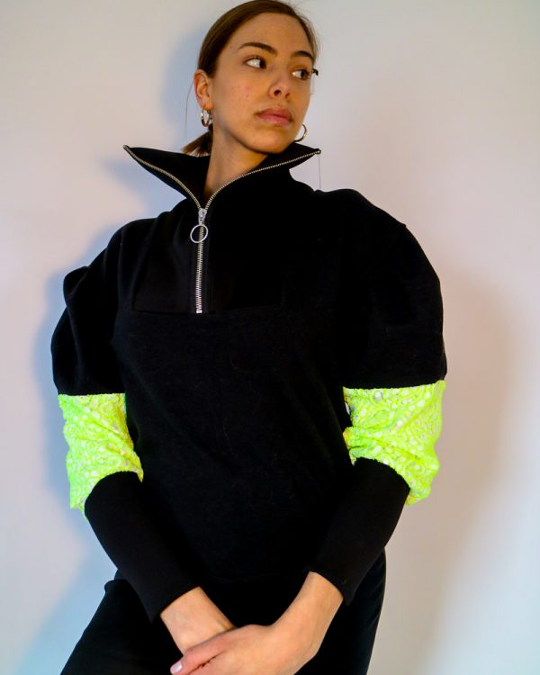 IVY Black Drop Shoulder Sweatshirt | TDS