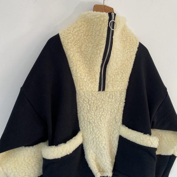 Sweatshirt With Faux Shearling 1