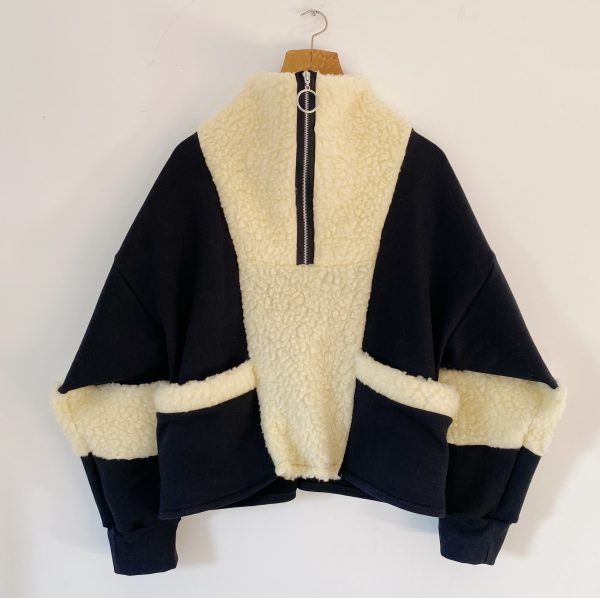 Sweatshirt With Faux Shearling 2